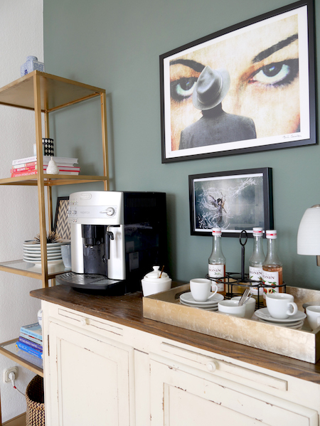 Coffee Corner, Green Wall Moody Wall, Moody Art, Feature Wall allthelittledetails.de