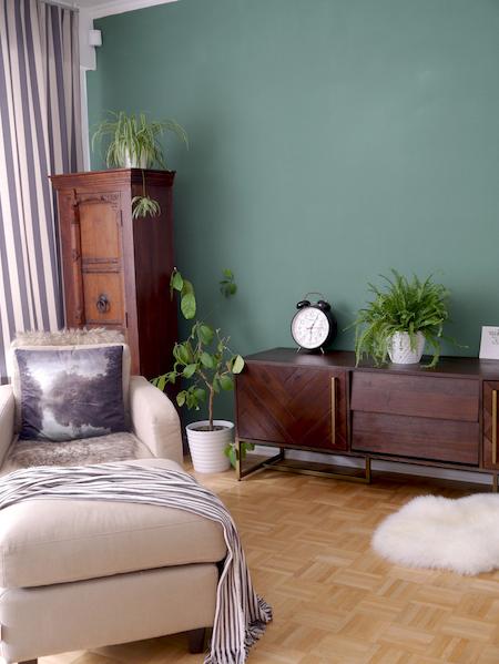 Green Wall, Midcentury Modern Sideboard allthelittledetails.de